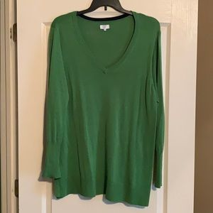 Crown & Ivy Green Sweater